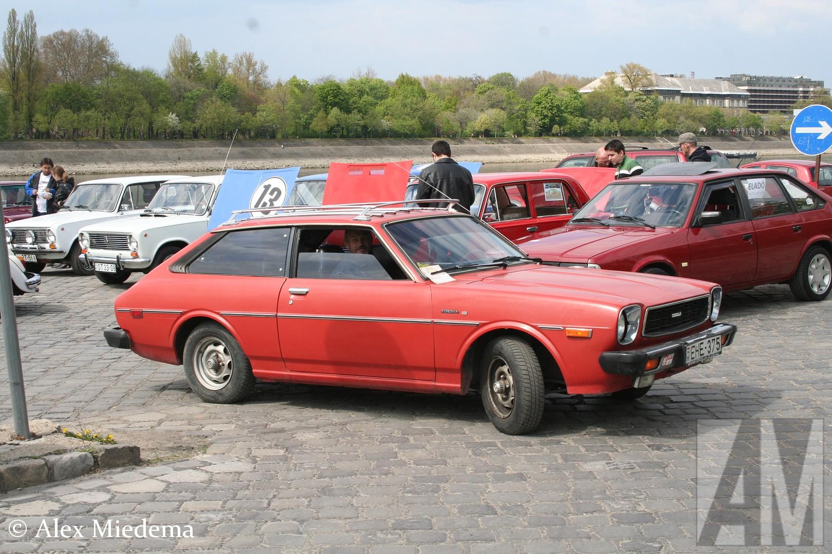 Toyota Corolla zijn sinds 1966 al ruim 35 miljoen exemplaren gebouwd, daarmee is het de best verkochte auto ter wereld. De meeste Corolla's zijn tergend saai, de zijn sinds 1966 al ruim 35 miljoen exemplaren gebouwd, daarmee is het de best verkochte auto ter wereld. De meeste Corolla's zijn tergend saai, de zijn sinds 1966 al ruim 35 miljoen exemplaren gebouwd, daarmee is het de best verkochte auto ter wereld. De meeste Corolla's zijn tergend saai, de zijn sinds 1966 al ruim 35 miljoen exemplaren gebouwd, daarmee is het de best verkochte auto ter wereld. De meeste Corolla's zijn tergend saai, de zijn sinds 1966 al ruim 35 miljoen exemplaren gebouwd, daarmee is het de best verkochte auto ter wereld. De meeste Corolla's zijn tergend saai, de zijn sinds 1966 al ruim 35 miljoen exemplaren gebouwd, daarmee is het de best verkochte auto ter wereld. De meeste Corolla's zijn tergend saai, de zijn sinds 1966 al ruim 35 miljoen exemplaren gebouwd, daarmee is het de best verkochte auto ter wereld. De meeste Corolla's zijn tergend saai, de Liftback