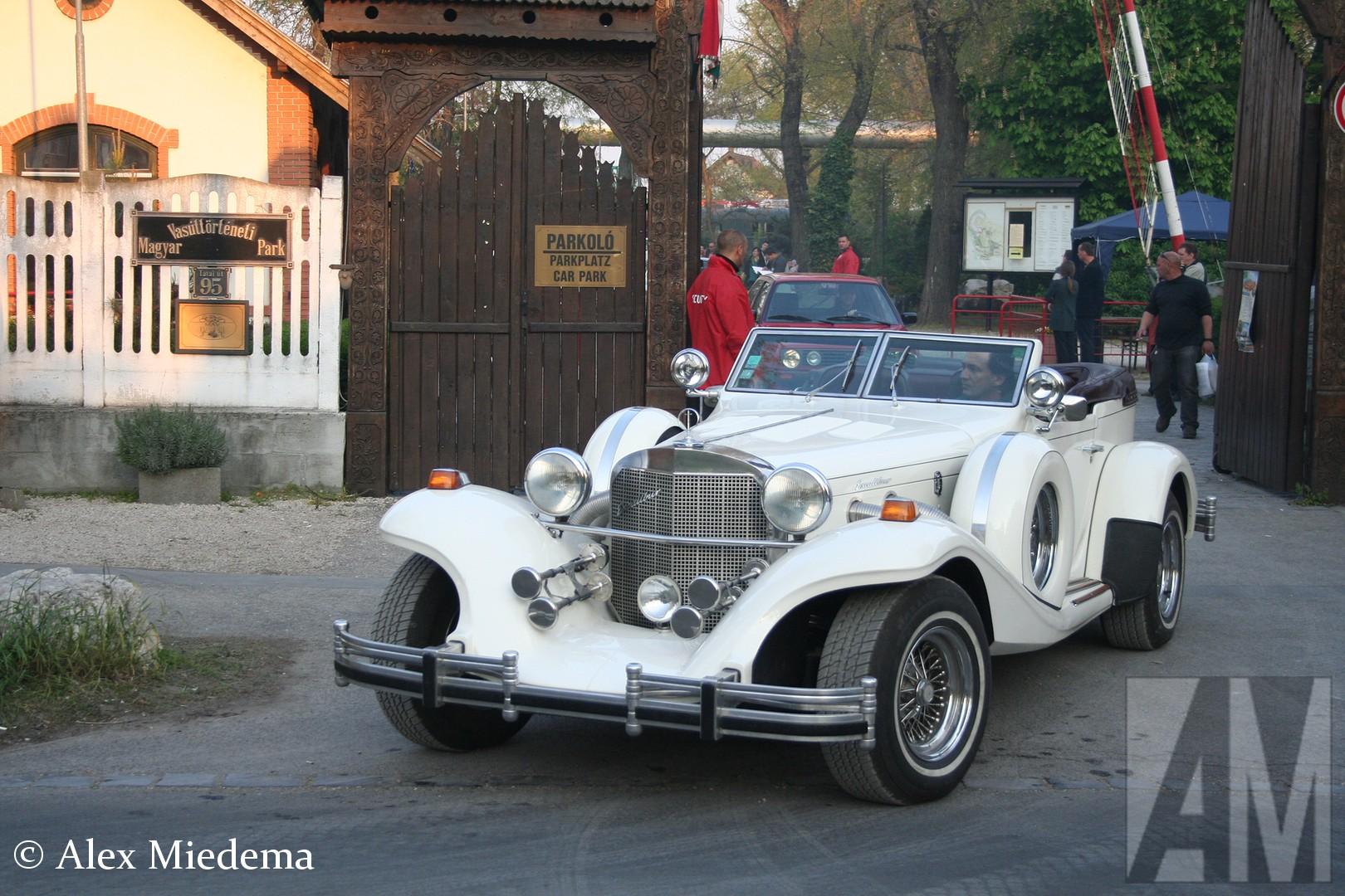 Fiat 126 BIS De looks zijn gebaseerd op de Mercedes-Benz SS uit 1928. In 1986 ging het bedrijf failliet, maar het werd weer opgestart.