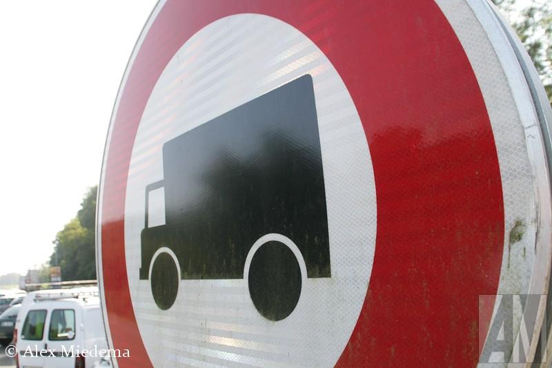 verboden voor vrachtwagens