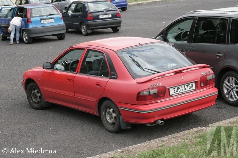Proton 413 GLSI zo ook de 400-serie, die is afgeleid van de Mitsubishi Lancer. De 400-serie was van begin 1995 tot en met juni 2009 in productie. In andere regio's werd hij verkocht onder de namen Proton Wira (held), Proton Persona en Proton Natura. De 400-serie was de eerste Proton die zowel met links als rechts stuur leverbaar was. zo ook de 400-serie, die is afgeleid van de Mitsubishi Lancer. De 400-serie was van begin 1995 tot en met juni 2009 in productie. In andere regio's werd hij verkocht onder de namen Proton Wira (held), Proton Persona en Proton Natura. De 400-serie was de eerste Proton die zowel met links als rechts stuur leverbaar was. zo ook de 400-serie, die is afgeleid van de Mitsubishi Lancer. De 400-serie was van begin 1995 tot en met juni 2009 in productie. In andere regio's werd hij verkocht onder de namen Proton Wira (held), Proton Persona en Proton Natura. De 400-serie was de eerste Proton die zowel met links als rechts stuur leverbaar was. zo ook de 400-serie, die is afgeleid van de Mitsubishi Lancer. De 400-serie was van begin 1995 tot en met juni 2009 in productie. In andere regio's werd hij verkocht onder de namen Proton Wira (held), Proton Persona en Proton Natura. De 400-serie was de eerste Proton die zowel met links als rechts stuur leverbaar was. zo ook de 400-serie, die is afgeleid van de Mitsubishi Lancer. De 400-serie was van begin 1995 tot en met juni 2009 in productie. In andere regio's werd hij verkocht onder de namen Proton Wira (held), Proton Persona en Proton Natura. De 400-serie was de eerste Proton die zowel met links als rechts stuur leverbaar was.