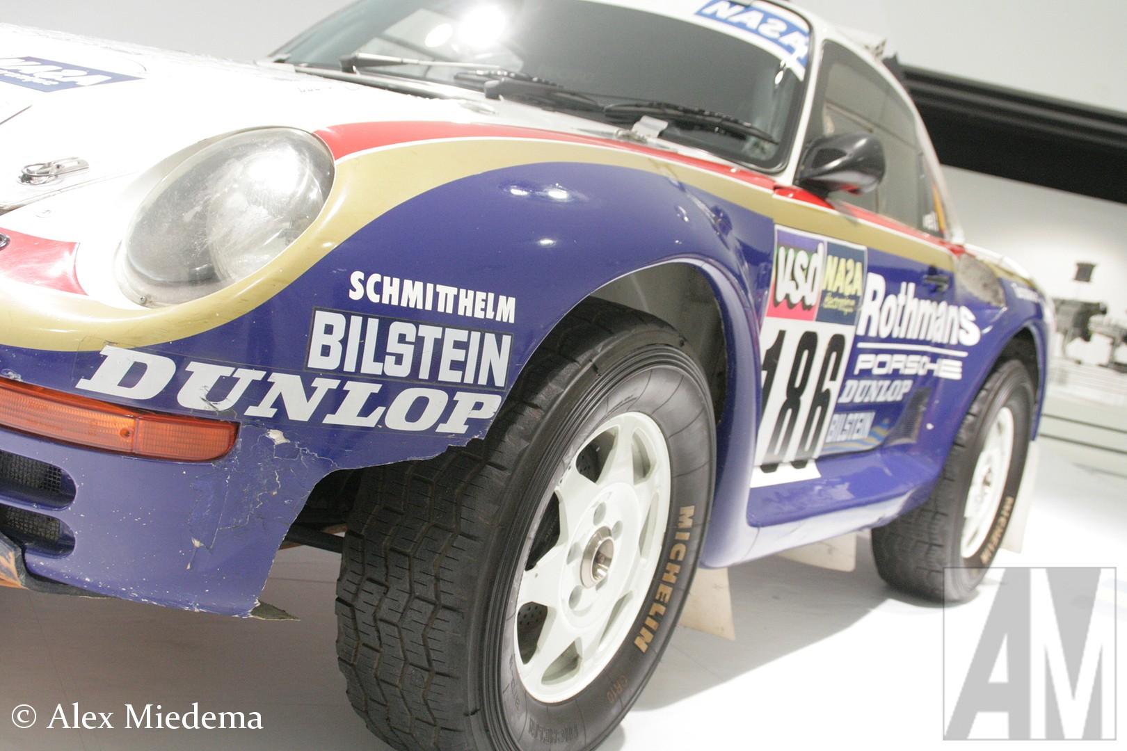 Porsche  Alleen al deze auto is wat bij betreft een bezoek aan het Porsche Museum in Zuffenhausen waard, één van de Porsche 959's die bij Le Dakar in is gezet. René Metge en Dominic Lemoyne heben de rally in 1986 met de 959 op hun naam geschreven.  Alleen al deze auto is wat bij betreft een bezoek aan het Porsche Alleen al deze auto is wat bij betreft een bezoek aan het  in Zuffenhausen waard, één van de Porsche 959's die bij Le Dakar in is gezet. René Metge en Dominic Lemoyne heben de rally in 1986 met de 959 op hun naam geschreven. Museum in Zuffenhausen waard, één van de Porsche Alleen al deze auto is wat bij betreft een bezoek aan het Porsche Museum in Zuffenhausen waard, één van de Porsche Alleen al deze auto is wat bij betreft een bezoek aan het Porsche Museum in Zuffenhausen waard, één van de Porsche 959's die bij Le Dakar in is gezet. René Metge en Dominic Lemoyne heben de rally in 1986 met de 959 op hun naam geschreven. 959's die bij Le Dakar in is gezet. René Metge en Dominic Lemoyne heben de rally in 1986 met de 959 op hun naam geschreven. 959's die bij Le Dakar in is gezet. René Metge en Dominic Lemoyne heben de rally in 1986 met de 959 op hun naam geschreven. 959